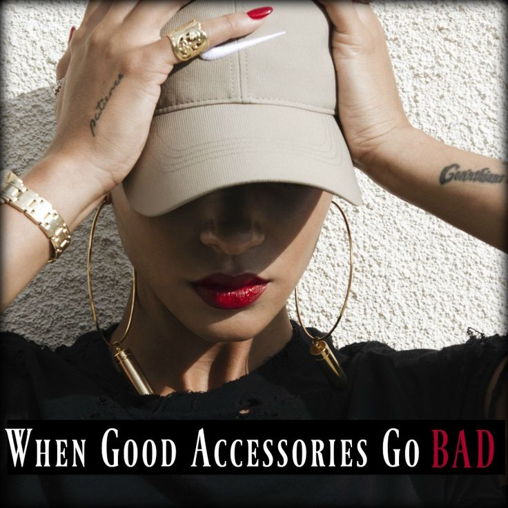 Choosing the perfect accessory to go with an outfit comes naturally to some, while it takes others a little longer to work out what's right for them. This week I want to explore some of the keys to finding the perfect accessory for an outfit and how to fix things when you know something is wrong but are not sure what.