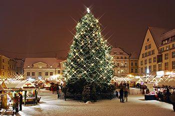 Här hittar du en lista med alla de julmarknader som finns i Sverige 2016 sorterat på län. Du hittar också julmarknader i Norge, Finland och Danmark.