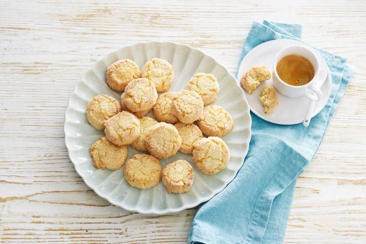 Traditionele Hollandse koekjes, lekker zacht vanbinnen - Recept - Allerhande