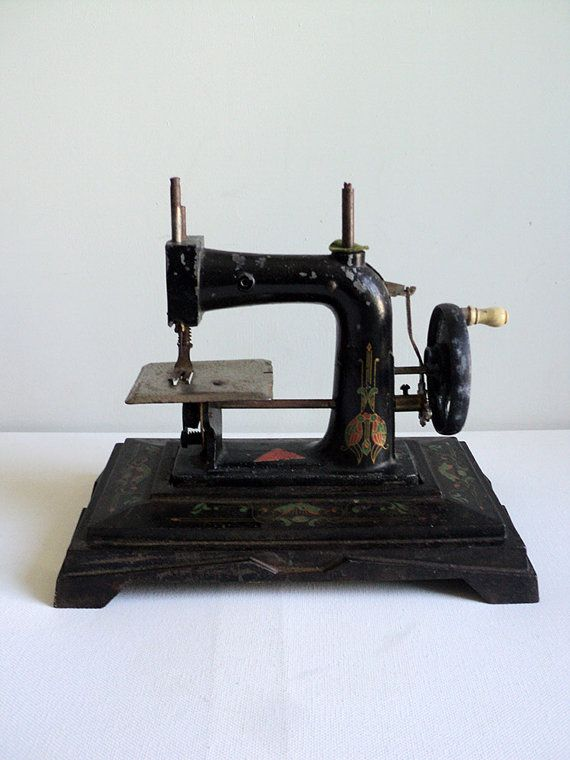 Antique French Sewing Machine, Miniature Sewing Machine Toy, Collectible Toy, Art Deco Machine, Victorian Sewing Machine, Baby JC Unis RW JP