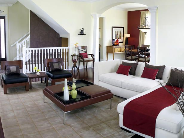 SPACIOUS LIVING ROOM DESIGN - clean, no clutter and including accent pieces that aren't family-specific    RobertJFischer.com