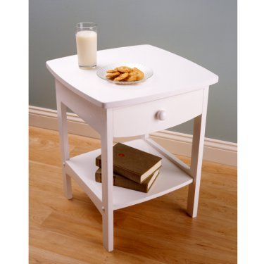 Winsome Brookfield End Table