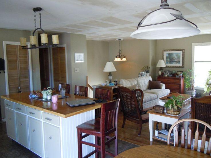 36 best home redo bi level images on pinterest kitchen for Split foyer kitchen
