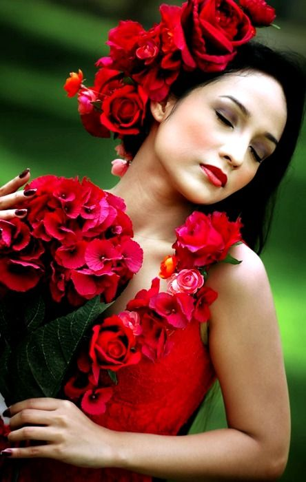 Red: Red Flower, Hawaiian Goddesses, Beautiful Women, Children, Islands, Red Rose, Beautiful Shots, Flower Girls, Beautiful Red