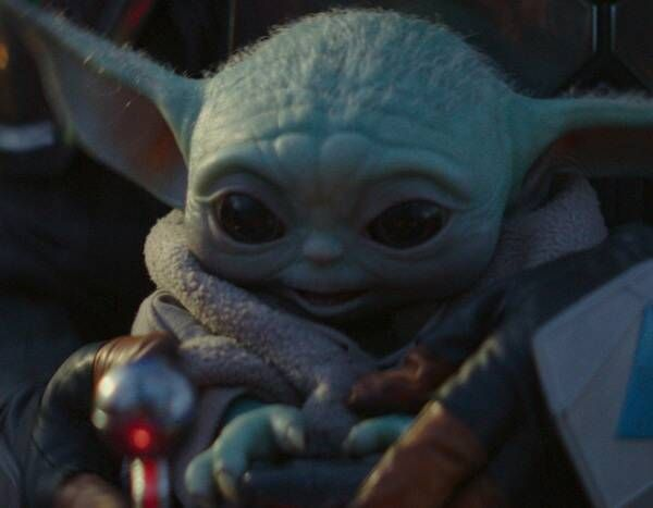 Answers About Baby Yoda Are Coming To The Mandalorian Memes Divertidos Animacion Disney Y Pedro Pascal