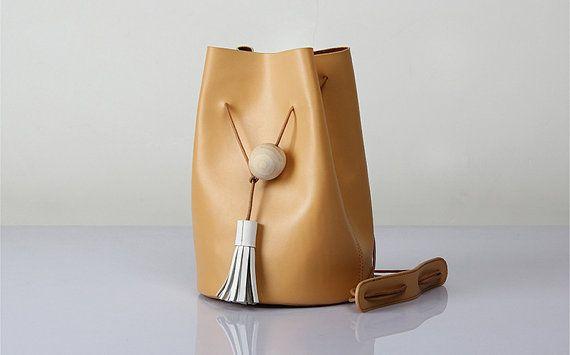Handmade Leather Bucket Bag /Shoulder Bag/ Crossbody Bag/ Genuine Leather
