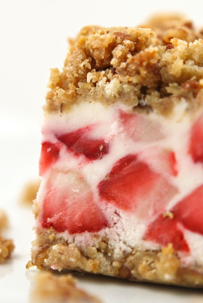 {Frozen strawberries and cream dessert} Strawberry Crunch Cake with Fresh Strawberries