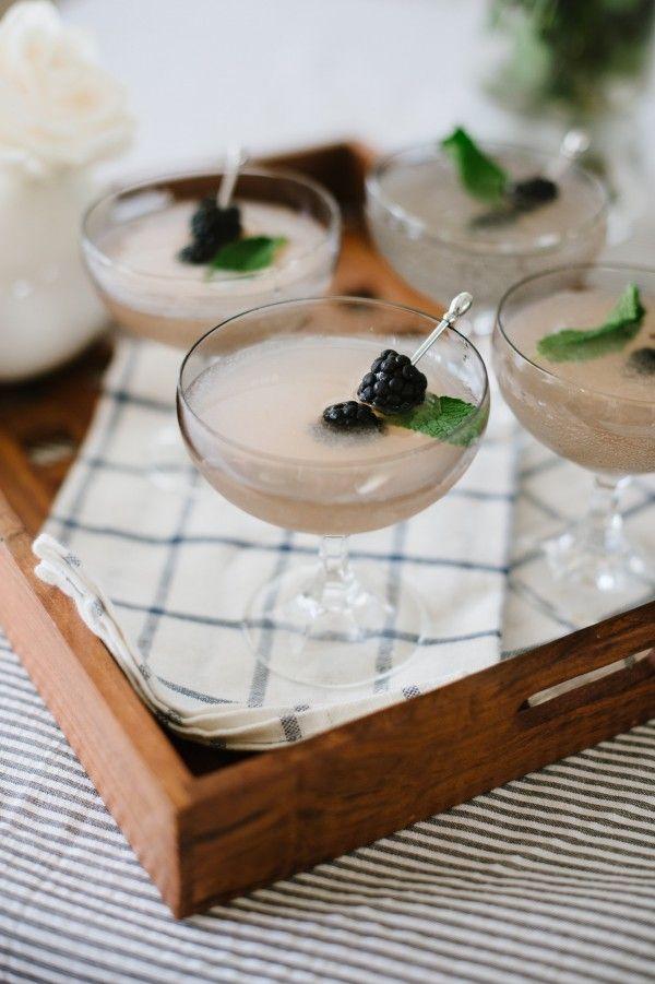 Berry gin sparkler
