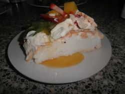 Try this delicious, crunchy, yet soft pavlova!