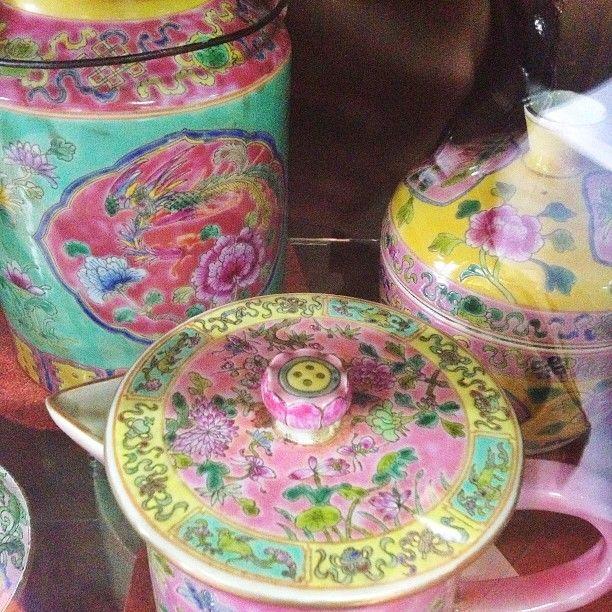 Nyonya ceramics
