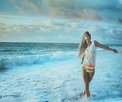 Clean Your Beach: At The Beaches, Beaches Hair, Beaches Blondes, The Ocean, Ocean Waves, Beaches Bum, Summer Breeze, Beaches Girls, Beaches Pictures