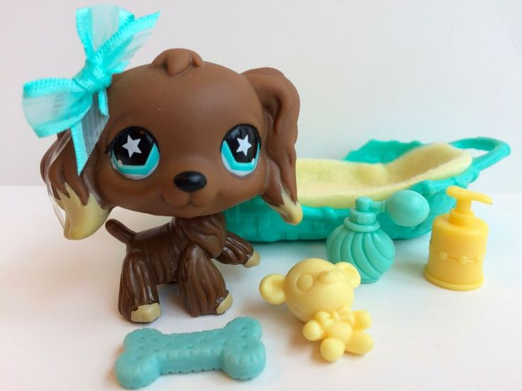 Littlest Pet Shop RARE Chocolate Cocker Spaniel #960 w/Bed & Accessories #Hasbro