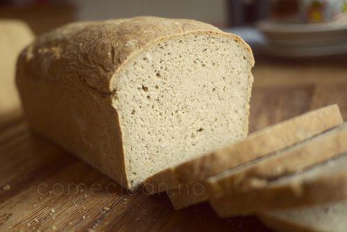 Saftig og luftig glutenfritt brød