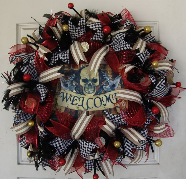 """This is a really cool pirate wreath. If you're looking for more variety, I have many other pirate wreaths up for sale to choose from. It's made and ready to ship! It's approximately 27"""" in diameter. P"""