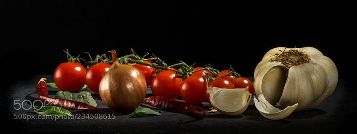 Playing with food (Paul Hanley / Belfast / United Kingdom) #ILCE-7M2 #food #photo #delicious