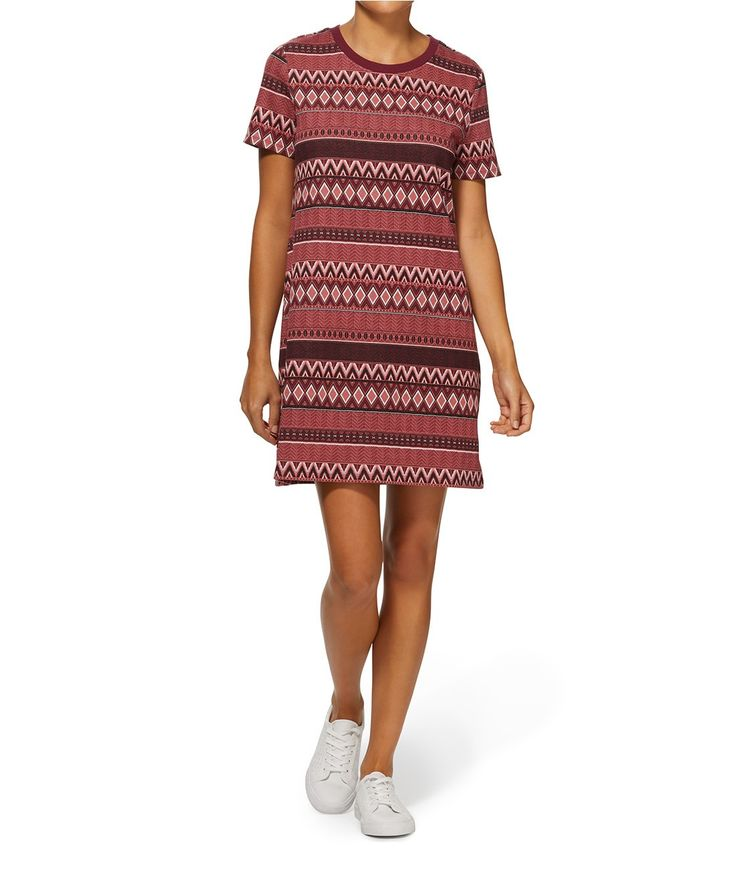 The Aztec Jacquard Shift Dress is an easy everyday style. This classic print dress features crew neckline, falls away from the body and slips on.