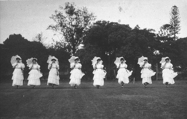 Maryborough Girls Grammar School pupils' dance class c1922