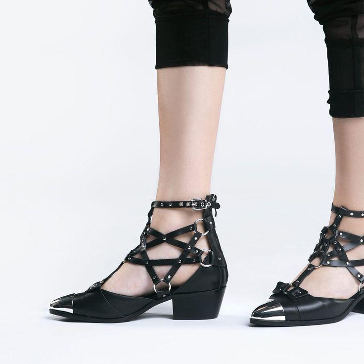 Bandit Shoe | NYLON SHOP