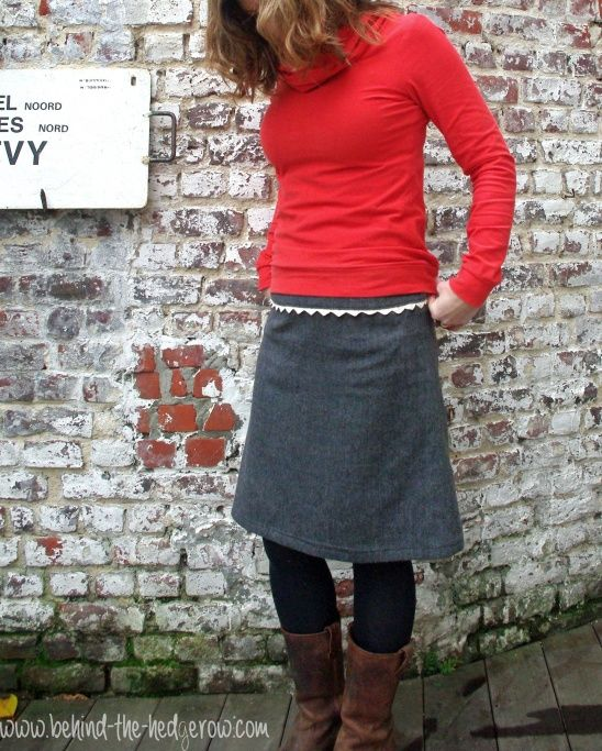 Renfrew Top (Sewaholic) and Japanese Skirt (from Simple Modern Sewing) by Laura - Behind the Hedgerow | Project | Sewing / Shirts, Tanks, & ...