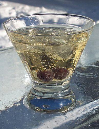 Simcoe Street: Super Easy Ice Wine Martini Recipe