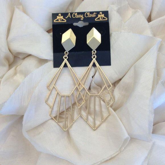 Gold Geometric Earrings NWT