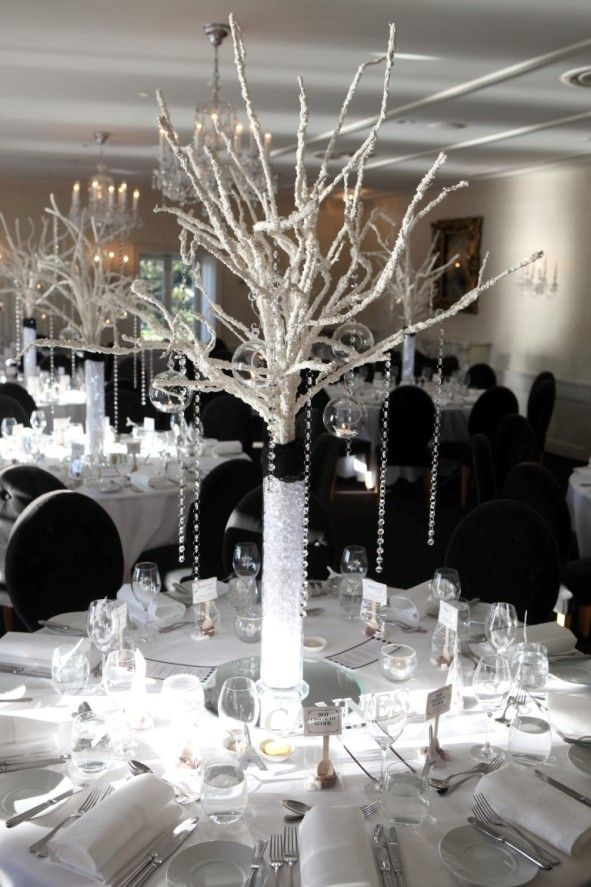 Table decorations by Enchanting Celebrations. #wedding #reception #dunbarhouse #centrepiece