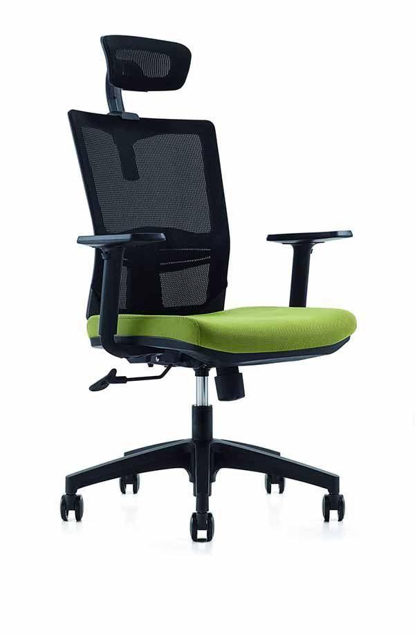Scaun de birou ergonomic cu tetiera model Novo S133 Black cu sezutul de culoare verde. Este tapitat cu stofa rezistenta foarte usor de curatat si intretinut. Tetiera se poate regla.