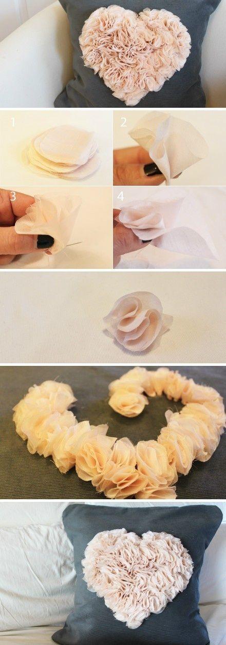 Academia Craft | Artesanato e artes para relaxar | DIY: Almofada com coração de cetim