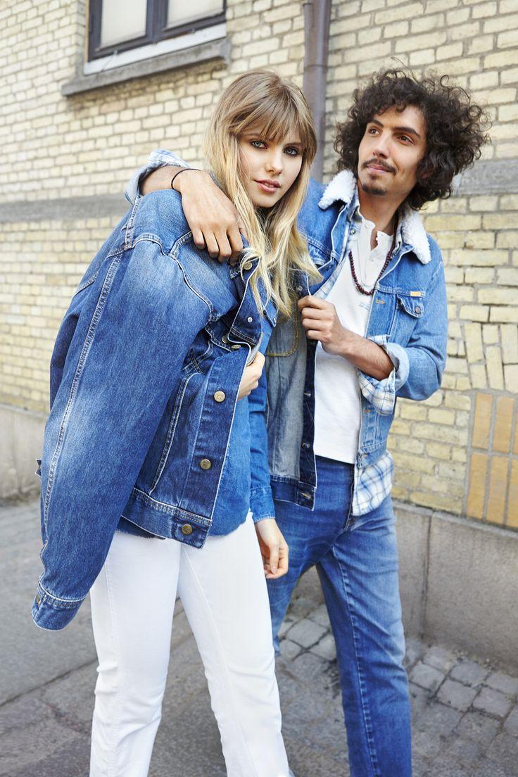 Spara världen. Köp använda jeans. Foto Susanne Emanuelsson Stylist: Pia Aleborg
