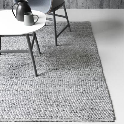 LINIE DESIGN - Handwoven rugs