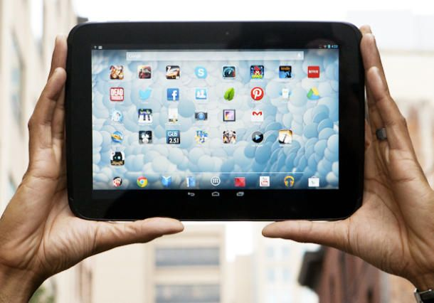The competition from the Android side appears content to cluster at the low end. So yes, there is a reason Apple can keep its tablet prices high. Read this article by Roger Cheng on CNET News. via @CNET