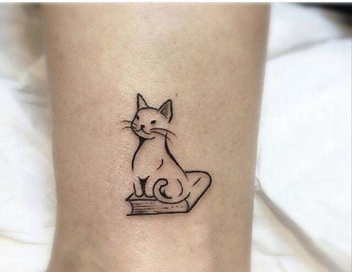 22 besten tattoos bilder auf pinterest kitty tattoos for Thin line tattoo artists near me
