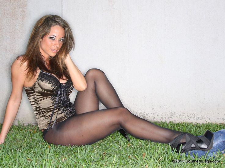 Sexy Model In Pantyhose From Southernlegs Com More Pictures Here Http Sexypantyhose