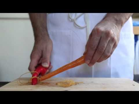 Peel Carrots in Less Than 10 Seconds With This Little-Known Trick