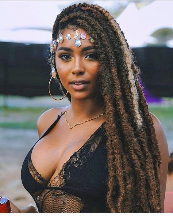 For your next new protective hairstyle, we're telling you how to do faux locs and showing our fave long and short faux locs styles using Marley ha...