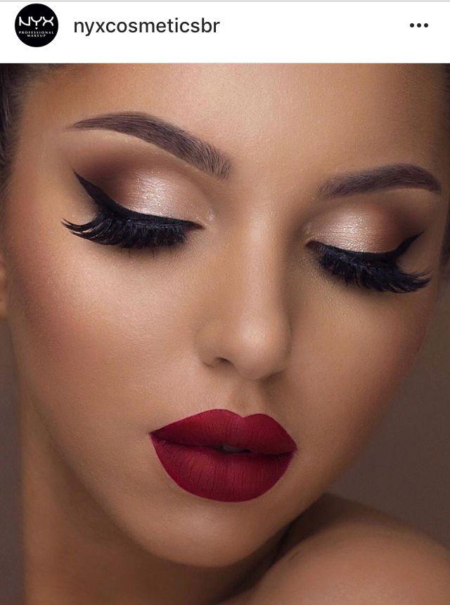 Make Up Red Lipstick Bright Eyes Eyeliner Matte Lipstick Prom
