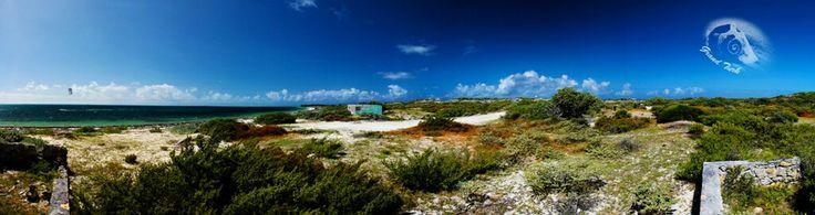 Beach Grand Turk. Eine kleine Insel in der Karibik, die hauptsächlich nur aus Strand besteht.
