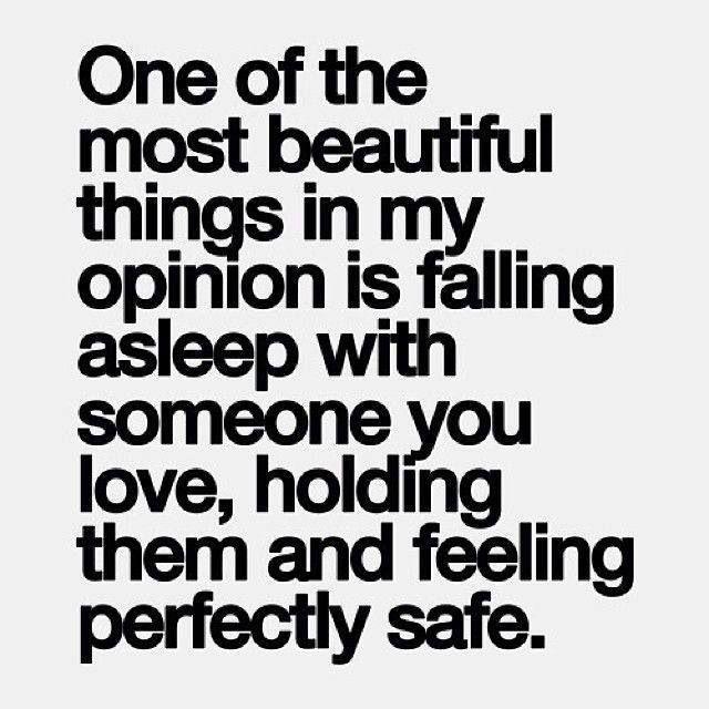 Jag älskar att somna in med dig nära. I fullständig harmoni, stillhet, lugn. Tryggare kan ingen vara. ❤️❤️❤️