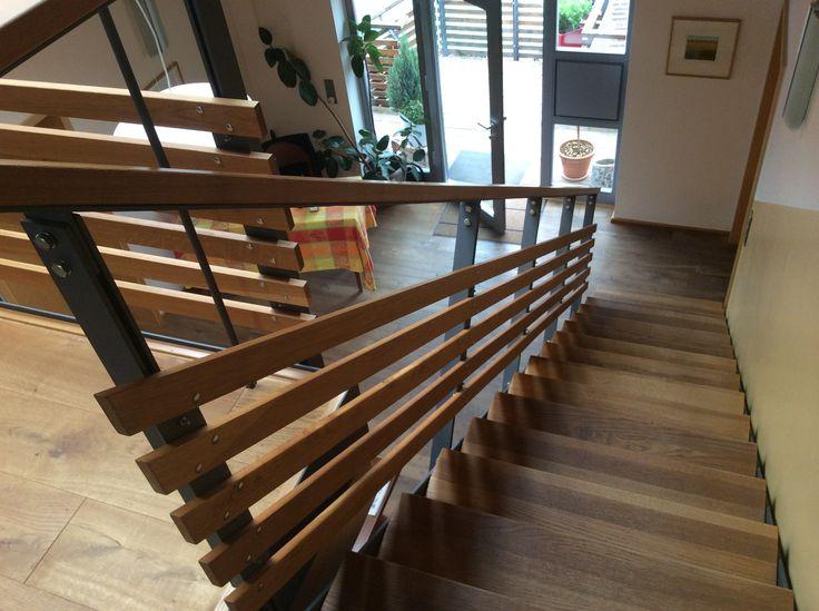 Treppengeländer Holz, Metall mit Holzbelag