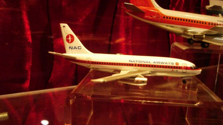NAC B 737
