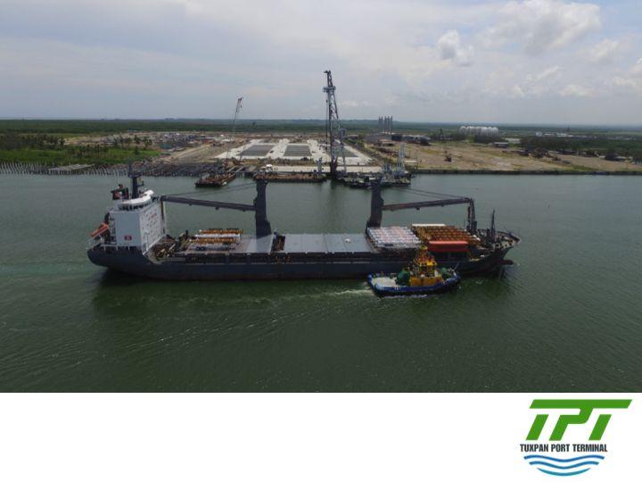 LA MEJOR TERMINAL PORTUARIA EN MÉXICO. Aunado al avance de la construcción de Tuxpan Port Terminal, hemos estado recibiendo parte del equipo portuario con el que estará trabajando nuestra terminal y que estará operado por personal altamente calificado. Muy pronto estaremos listos para dar el mejor servicio portuario en el golfo de México.    #lamejorterminalportuariademexico