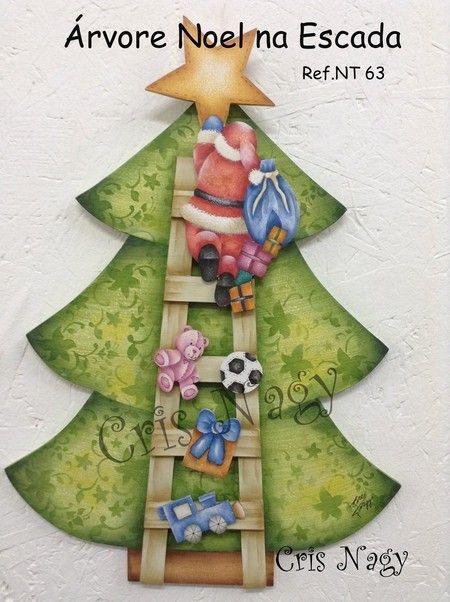 Árvore Noel na Escada