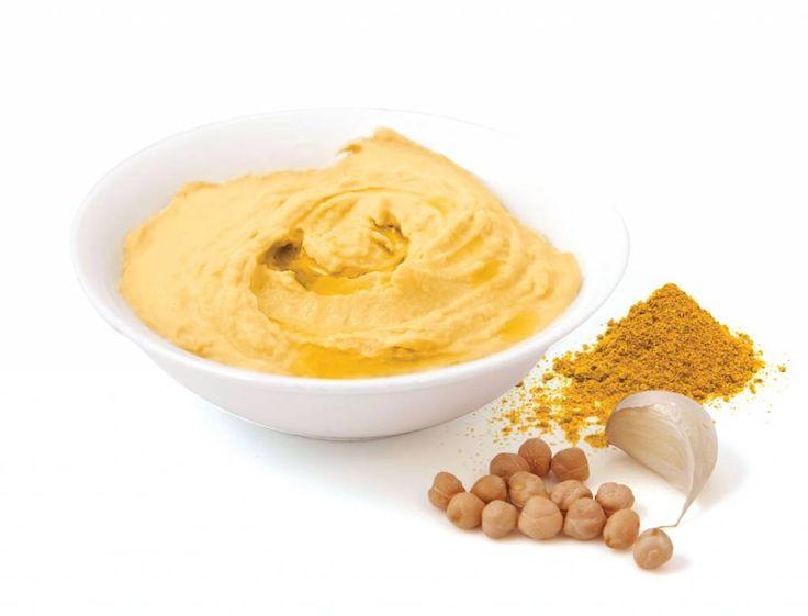 Humus - składniki: cieciorka ( 1 puszka), 1 łyżka tahini (pasta sezamowa), 1 łyżka oliwy, sól, pieprz, opcjonalnie można dodać curry