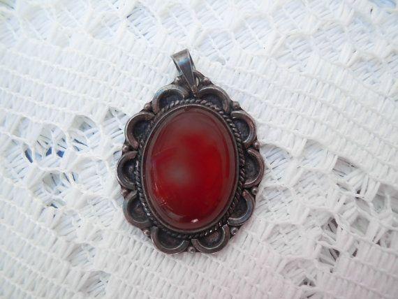 Ciondolo vintage fiore argento con corniola rosso
