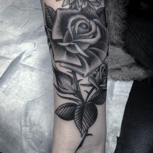 42 Totally Awesome Tattoo Black Rose Che Vi Spingera A Ottenere Per