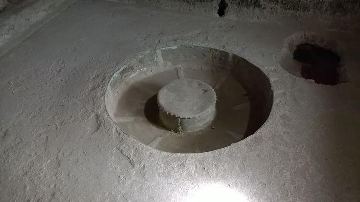 fondo in bronzo, per il riscaldamento dell'acqua — presso Scavi di Ercolano.