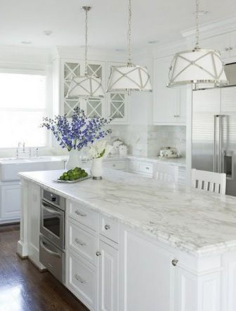 Natural light and #HanStone Quartz Tranquility to create bright, open spaces @elledecor #EDMODERN