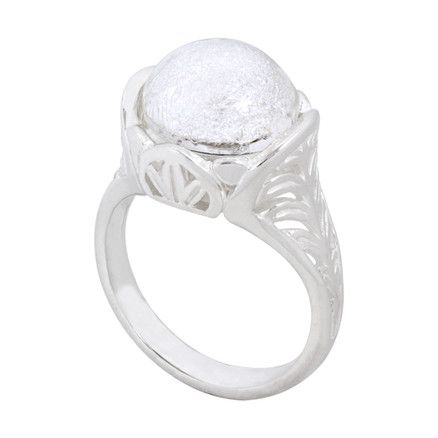 KR044 Palm Leaf Ring by Kameleon Jewelry, shown with the KJPS56 Gin & Tonic PopRock