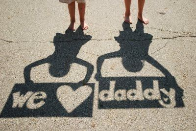We Heart Daddy Shadow Picture -  Photography Gifts  32.  We Heart Daddy Shadow Picture ~ I searched and searched for the original link to this amazing photographer but with no luck.  However, I just couldn't resist showing you what a unique Father's Day photography gift this would make.