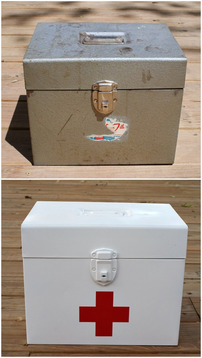 Fifty Two Weekends (...of DIY): How we Make our Small Bathroom Work + First Aid Box